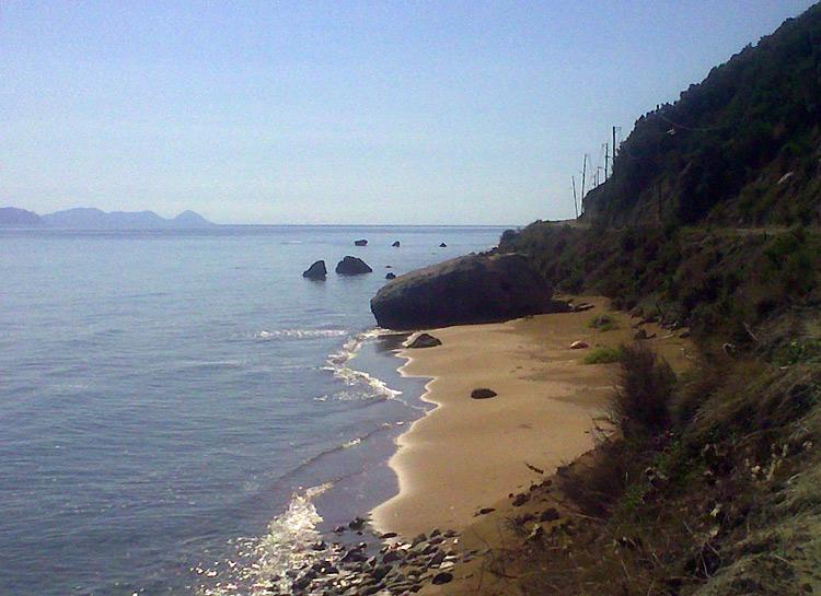 Beaches Mathraki 4