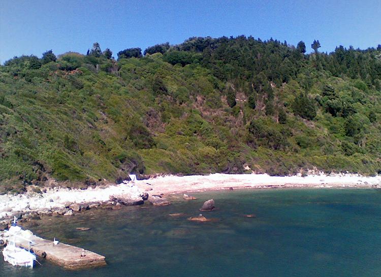Beaches Mathraki 3