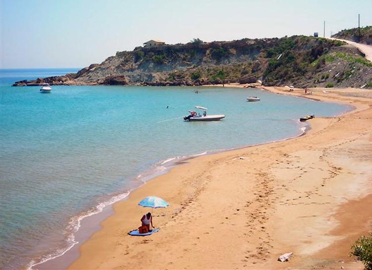 Beaches Mathraki 2